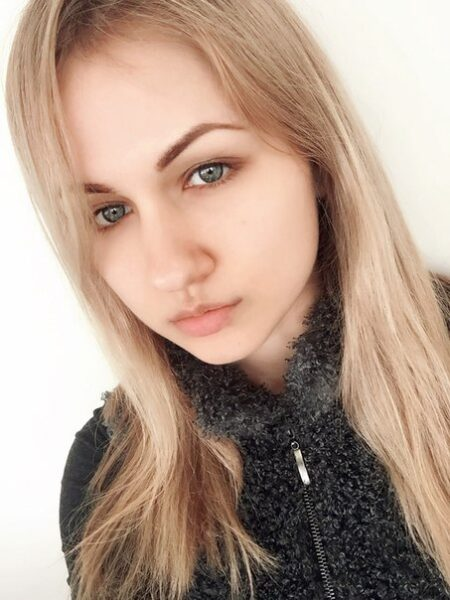 Lorena, 23 cherche une rencontre sexuel sans engagement