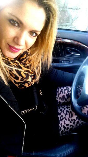 Leni, 25 cherche une rencontre sexe discrete